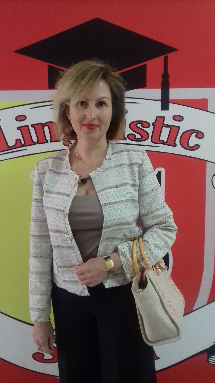 Лариса Юрьевна Круглова